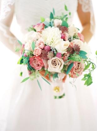 ramos-de-novia-con-rosas-5