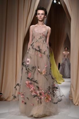 Valentino : Runway - Paris Fashion Week - Haute Couture S/S 2015