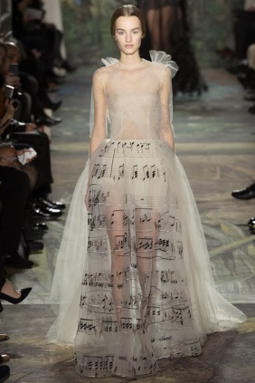 Valentino-tulle-notes