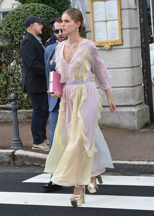 eugenie-niarchos-dress-beatrice-borromeo-wedding-h724