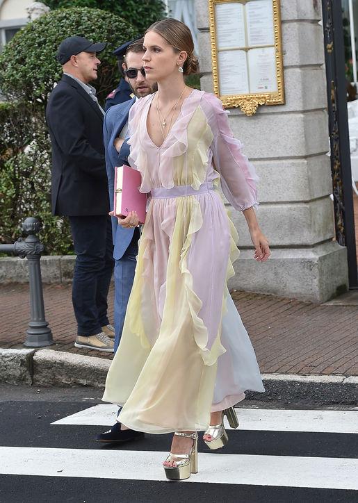 eugenie-niarchos-dress-beatrice-borromeo-wedding-h724