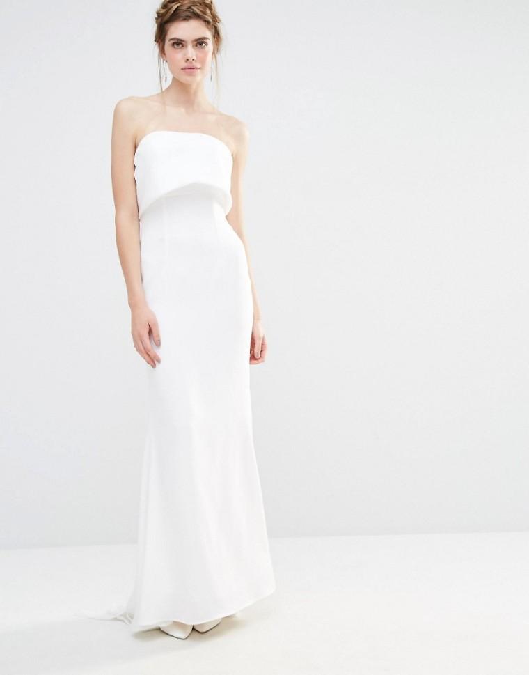 Vestido largo de boda con capa superpuesta y diseño con cola de pez y lazo extragrande parte posterior de Jarlo 139.99€