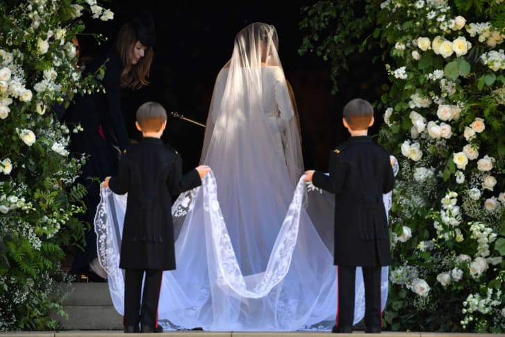 http_2f2fcdn-cnn-com2fcnnnext2fdam2fassets2f180519121141-30-royal-wedding-meghan-dress