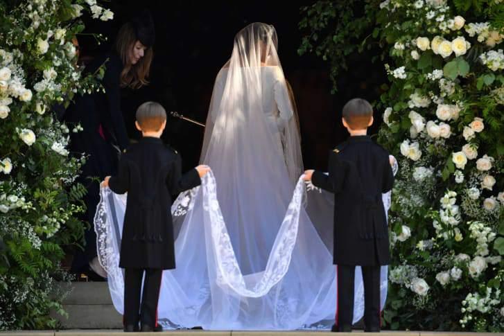 http_2f2fcdn-cnn-com2fcnnnext2fdam2fassets2f180519121141-30-royal-wedding-meghan-dress
